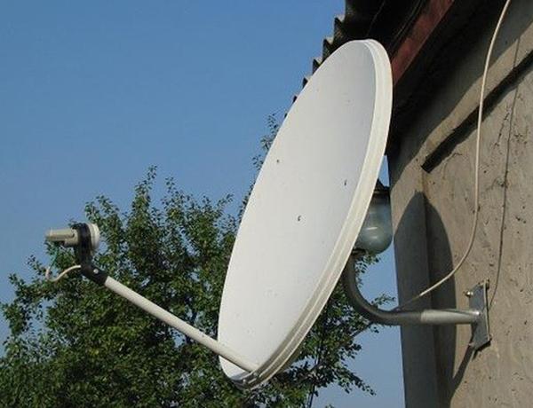 ustanovka-sputnikovoj-antenny-2