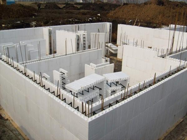 _monolitnyy-dom