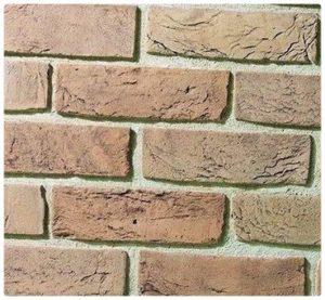Имитация кирпичной стены дома